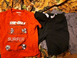 Size 4t tshirt and 2 shorts