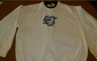 "Size large""LOVE HOPE JOY"" sweatshirt"