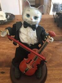 Cat playing violin music box, very cute Lansdale, 19446