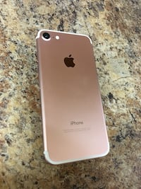 CARRIER UNLOCKED IPHONE 7 32GB ROSE GOLD (30 DAY WARRANTY)