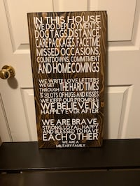 Homemade 'in this house...' military family sign null, T5Y