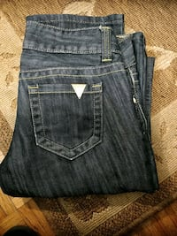 GUESS JEANS NEW Calgary, T2B 2C7