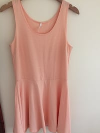 Brand New women's pink skater dress size L  New Westminster, V3M 1B9