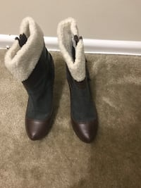 Pair of brown leather boots Glen Burnie, 21061