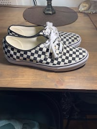 Vans Authentic Golden Coast Sz13