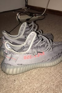 Authentic Yeezy V2Boost Belugas Size 10 New York, 11208