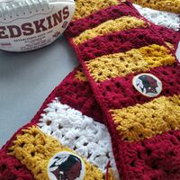 Burgundy and gold, Washington Redskins knit scarf Washington