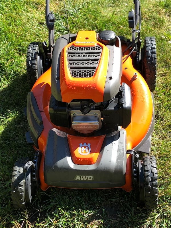 Honda husqvarna awd lawnmower 5