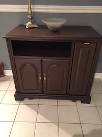 Brown wooden cabinet with drawer Vaughan, L4L 7J4