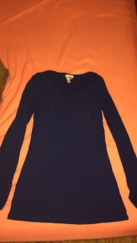 long sleeve shirt size large  London, 40744