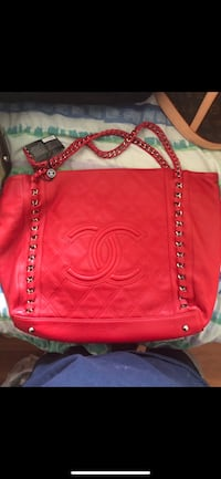 women's red leather shoulder bag Edmonton, T6L