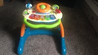 Baby's blue and yellow learning table Des Moines, 50312
