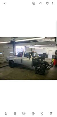 Chevrolet - SQUARE BODY DUALLY  - 1984 New Richmond