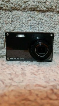 Pentax RS1000 Optio digital camera.