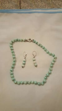 teal and white beaded necklace and drop earrings 6966 km