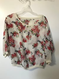 Floral Crop Top/Quarter sleeves(Large)