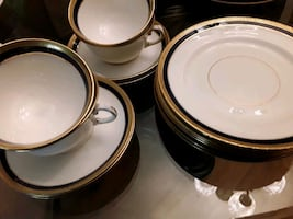 Crown Chelsey England China,  Few Pieces