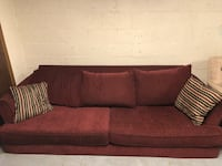 Red cloth couch and love seat set Richland, 99354