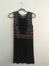 black and red scoop-neck sleeveless dress Toronto, M4Y 1W6