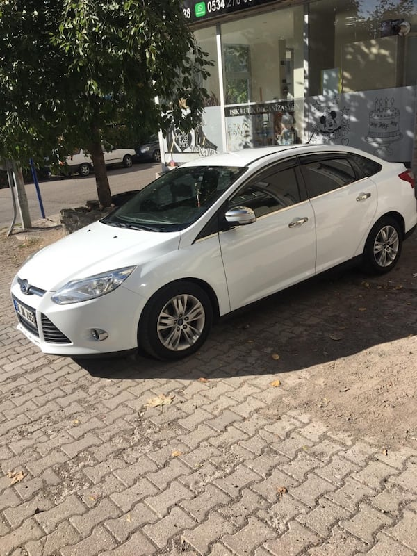 2013 Ford Focus TREND 1.6TDCI 95PS 4K 3