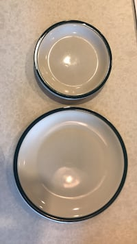 Set of 4 big plates and 2 small plates Mc Lean, 22102