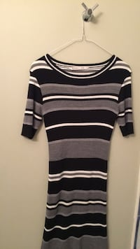 Selling long top with leggings and belt for $20  Richmond Hill