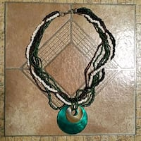 Green seashell necklace Strongsville, 44149