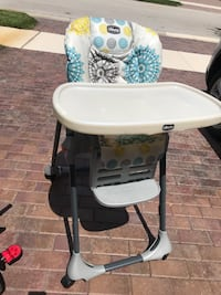 baby's white and black high chair Parkland, 33076