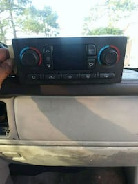 2005 cadillac escalade used a/c control New Orleans, 70131