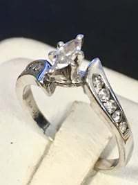 Diamond engagement ring Riverview, 48193
