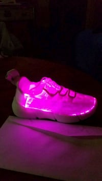 Light up sneakers 7 modes w/flash mode usb charge Norwich