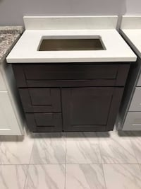 "30"" Bathroom Vanity Shaker Cabinet Solid Wood Custom Made Quartz Top with Sink Fairfax"