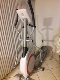 SCHWINN ELYPTICAL EXCERCISE MACHINE
