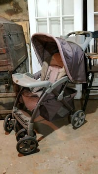 baby's brown and gray stroller Warrenton