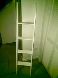 Pottery Barn Bunk Bed Ladder white Chicago, 60657