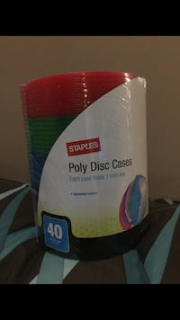 40 Staples Poly Disc Cases
