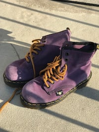 pair of Dr. Martens purple leather boots Woodbridge, 22191