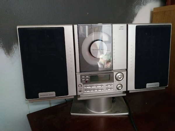Used Sharper Image Stereo With Cd Player And Radio For Sale In Falls