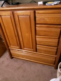 brown wooden 2-drawer chest Rockford, 61108