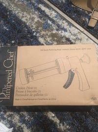 Pampered chef cookie press. New in box . Great gift  Winder, 30680