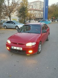 2000 model Hyundai Accent