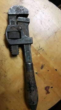 Vintage 10 in Stillson wrench
