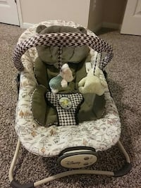 baby's white and gray bouncer San Antonio