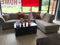 brown and black living room set Houston, 77041