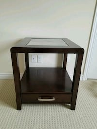 Wood end table with glass - great condition London, N6G 0G4