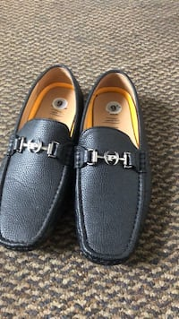 pair of black leather loafers St. Louis, 63113