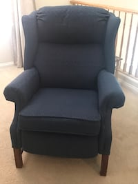 Navy blue recliner chair MUST GO TODAY Las Vegas, 89141
