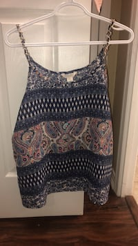 Sheer tank top with chain straps Toronto, M2N 7C6