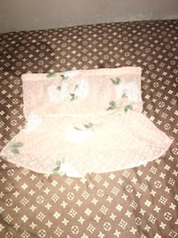 Pink flower crop top Surrey, V3X 1L7