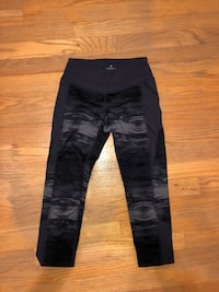 Women's cropped workout leggings West Hartford, 06117